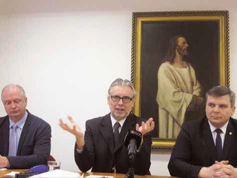 Generálny biskup Eľko zavádza – v generálnom presbyterstve bol 4 roky