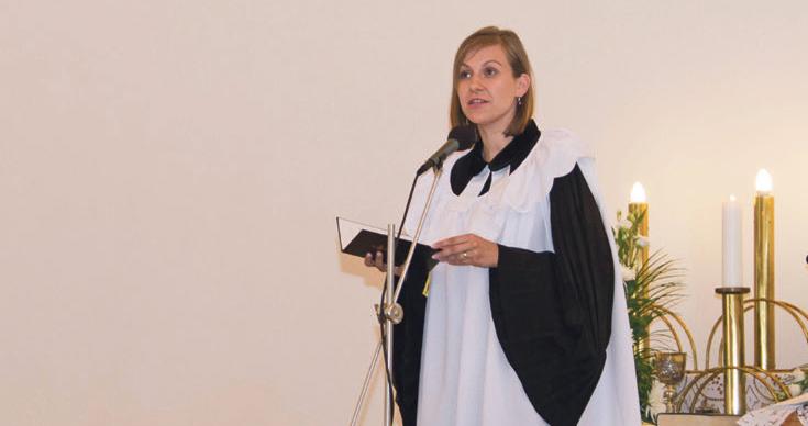 Inštalácia prvej ženy farárky v kostole dvoch vyznaní